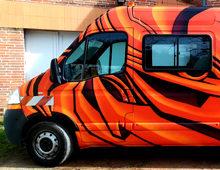 Décoration graffiti camion